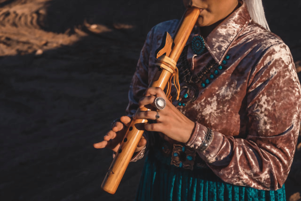 The Society Woman with flute